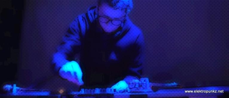 imprezy,wrocław,the robots riot,elektropunkz,techno bass,detroit,electro,drum and bass,breaks,breakbeat,breakstep,klub login,paul blackford,elektromonter,robodrum,2vv,dt,brav,subwena